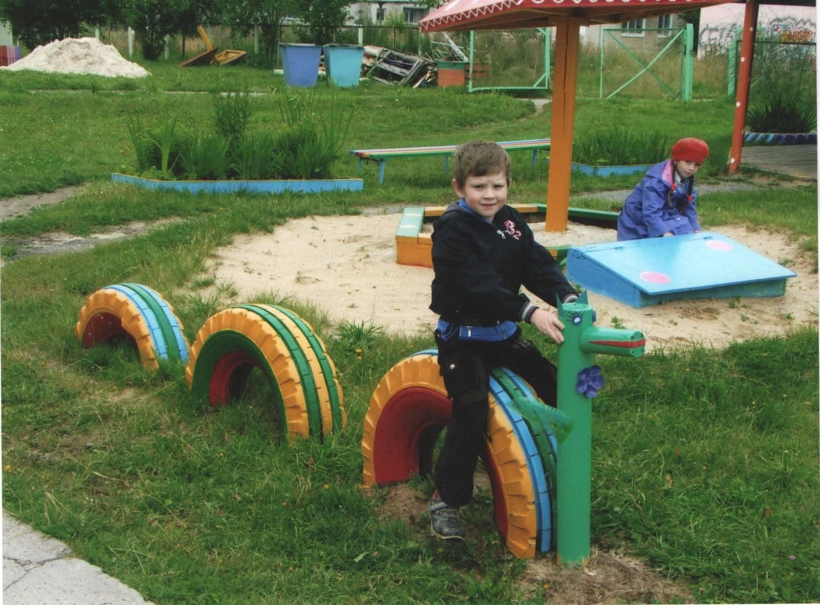 Детская площадка из покрышек и шин своими руками 44